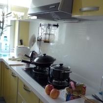 厨房   选了简单温馨 有食欲的颜色