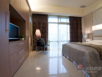 95平二居室现代简约爱居 阁楼清净书房+卧室经典收纳