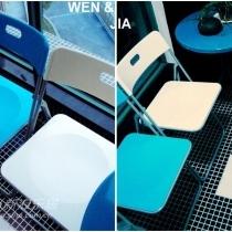 也是宜家的椅子,蓝和白很称我家的地砖