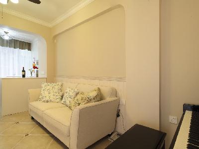 沙发背景将挂上装饰画