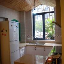 桑那板吊顶的厨房