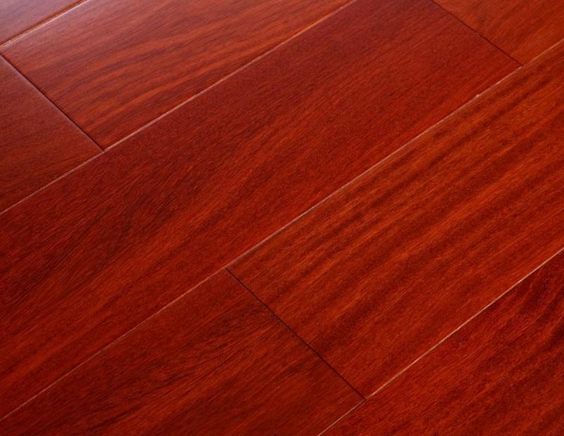 新绿洲直线实木系列二翅豆实木地板