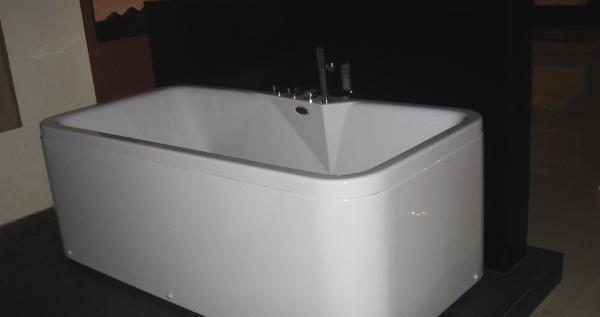 箭牌三面裙五件套缸卫浴.瓷砖布雷西亚系列AW011AW011QY
