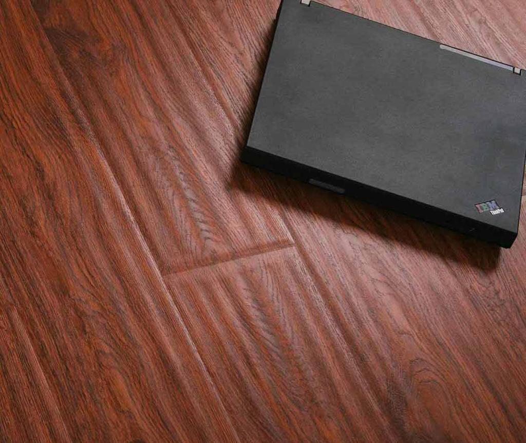 格林德斯.泰斯地板强化复合地板手工雕饰面-亚马亚马逊红橡