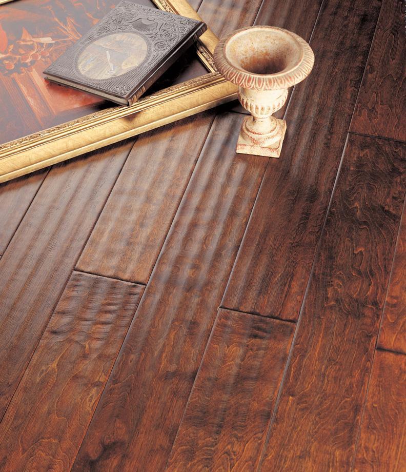 北美枫情实木复合地板王后居室系列-塞那波影塞那波影