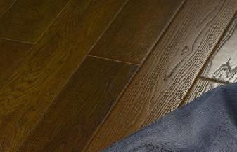 富林拉斐尔・骑士系列浮雕面EBU3921榆木地板