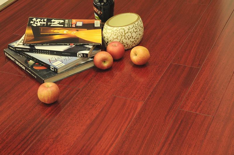 贝亚克地板-青花瓷系列-Q1004圆盘豆