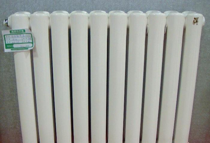 百诗散热器-钢制BTH-3柱BTH-3柱