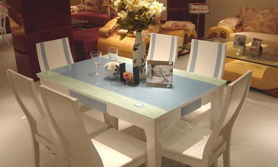全友家居玻璃面餐桌椅5100951009