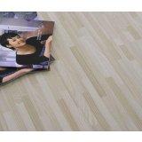 格林德斯.泰斯地板强化复合地板浮雕面-细拼白榆