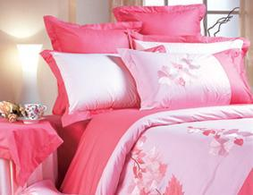 红富士床上用品高级绣花系列临花闻香(红)