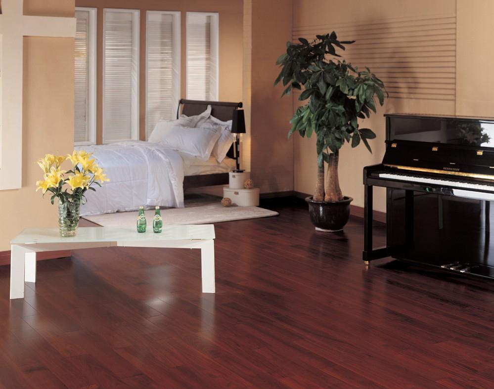 北美枫情和居一代系列黑胡桃多层实木复合地板黑胡桃