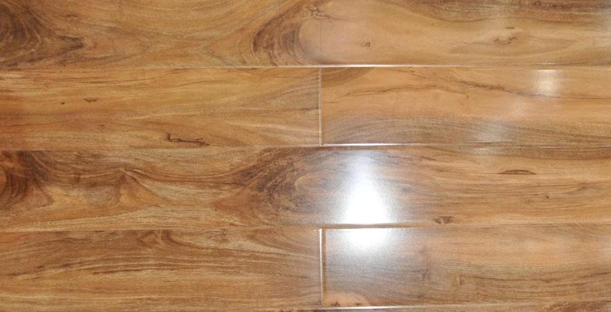 扬子地板超实木防水E0健康系列YZ399山胡桃