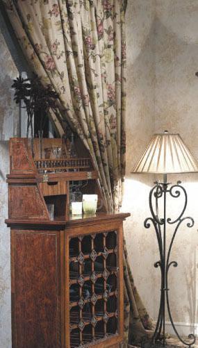 大风范家具路易十六餐厅系列LV-752中高酒柜LV-752 中高酒柜