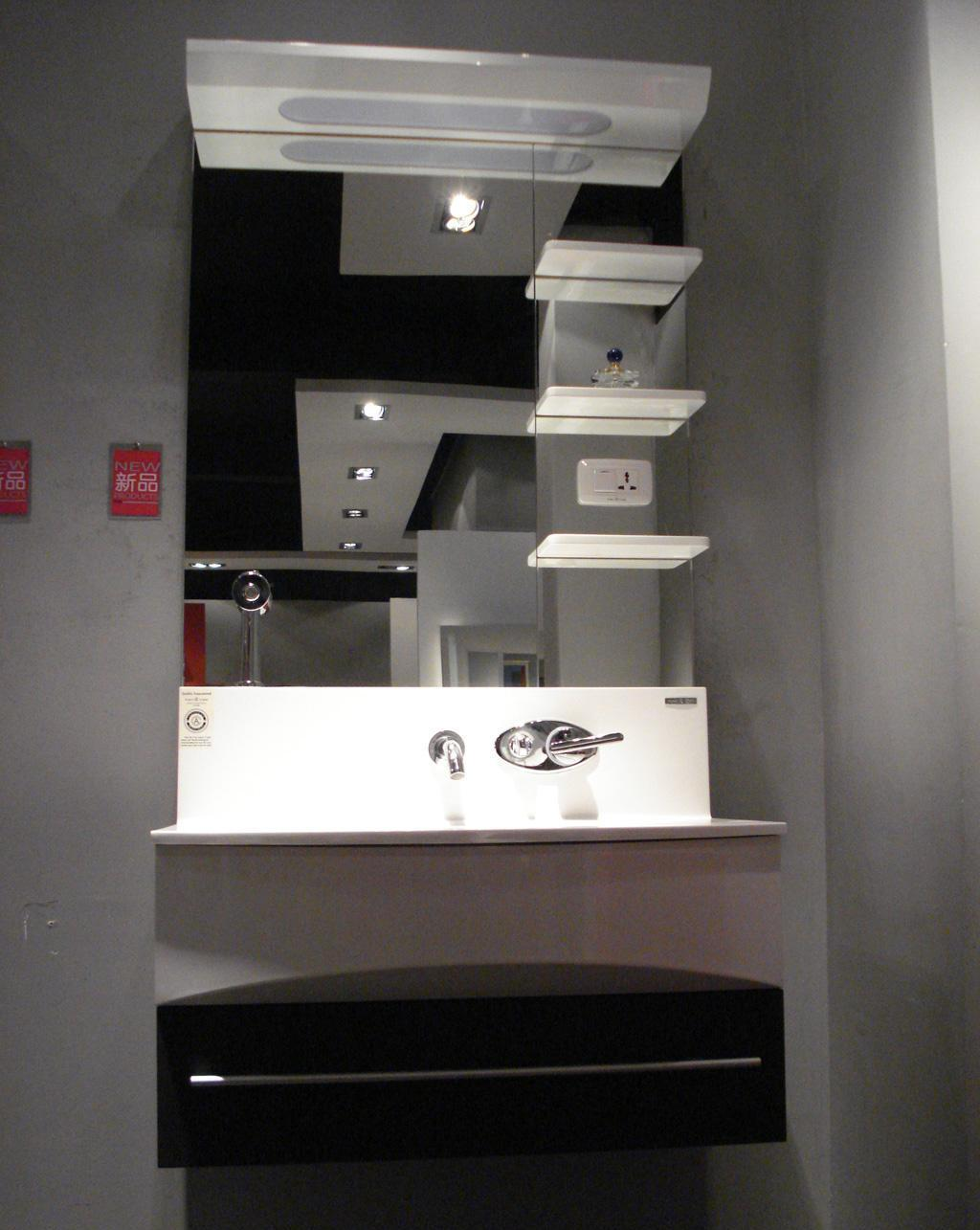银晶浴室柜CS6082