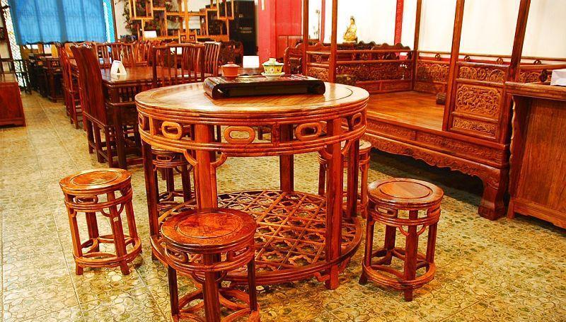 元亨利家具圆餐桌/椅E-HH-0452-82