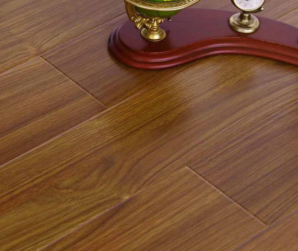 格林德斯.泰斯地板强化复合地板钻石U型槽-维也维也纳黄柚