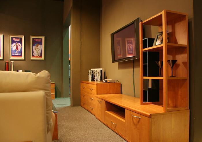 健威家具-加州缘系列-梨木电视柜(三层)梨木电视柜(三层)