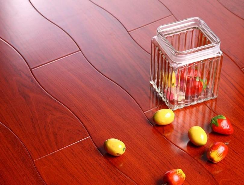 新绿洲曲线多层系列孪叶苏木实木地板