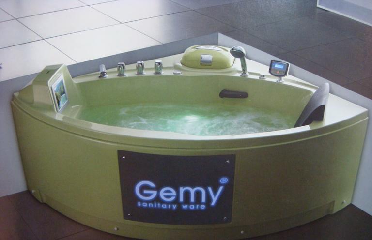 吉美卫浴-按摩浴缸G9067G9067