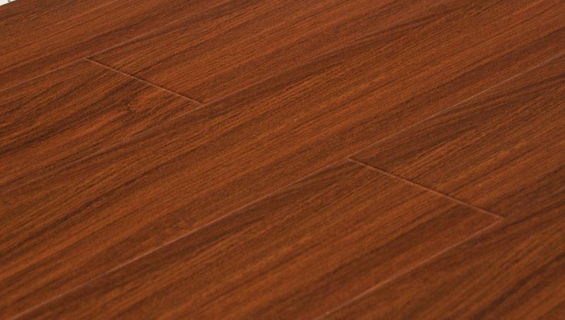 卡玛尔高清系列KV773黑炫神韵实木复合地板KV773