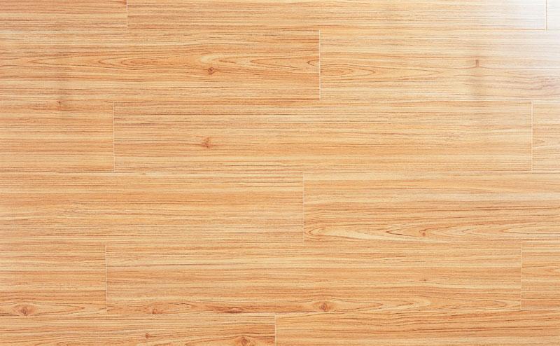 标王强化复合地板运动模压系列B2040-北美红杉B2040-北美红杉