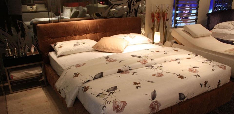 爱依瑞斯双人床-罗马(含床垫)罗马双人床