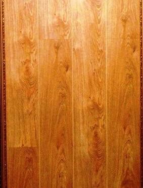 宏耐强化复合地板-橡木E4113