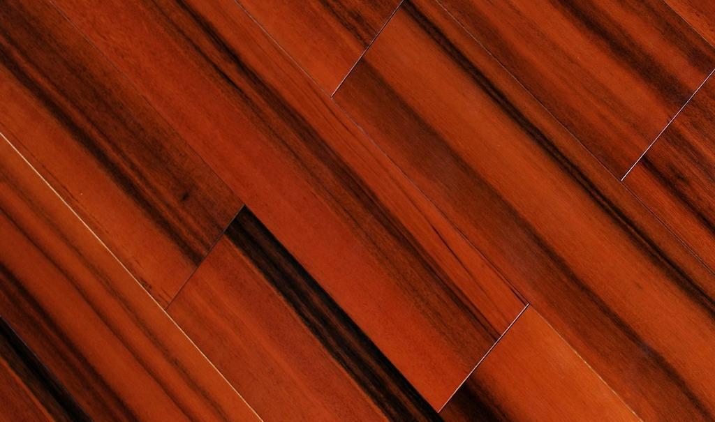 上臣实木地板绿心樟系列19-G-2