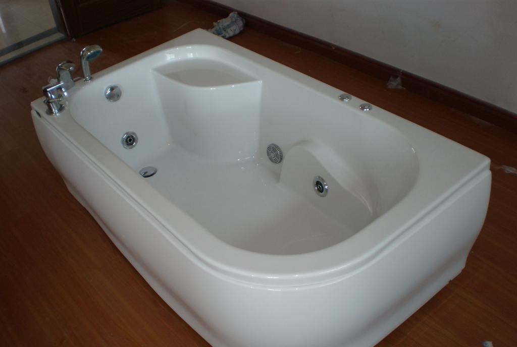 欧纳卫浴按摩浴缸浪漫1690 -1.2