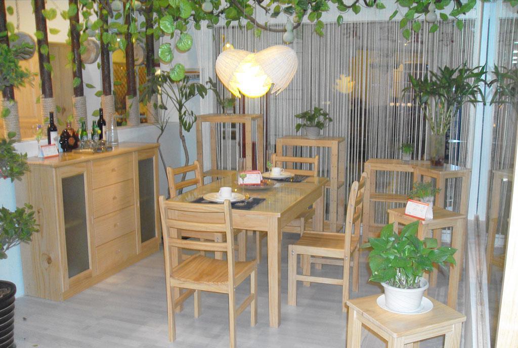 宜伟松木系列YW-UF-45餐桌餐椅(1+4)YW-UF-45
