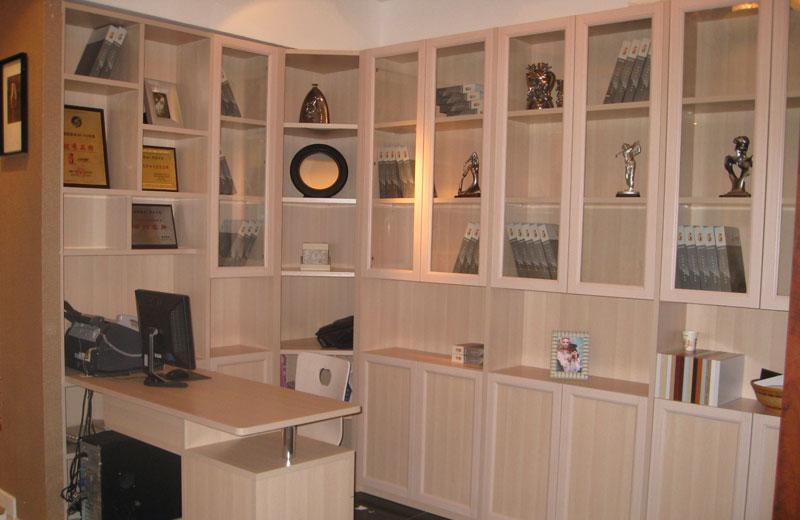 丹麦风情新款美式门板书柜尊贵家居系列美式门板书柜