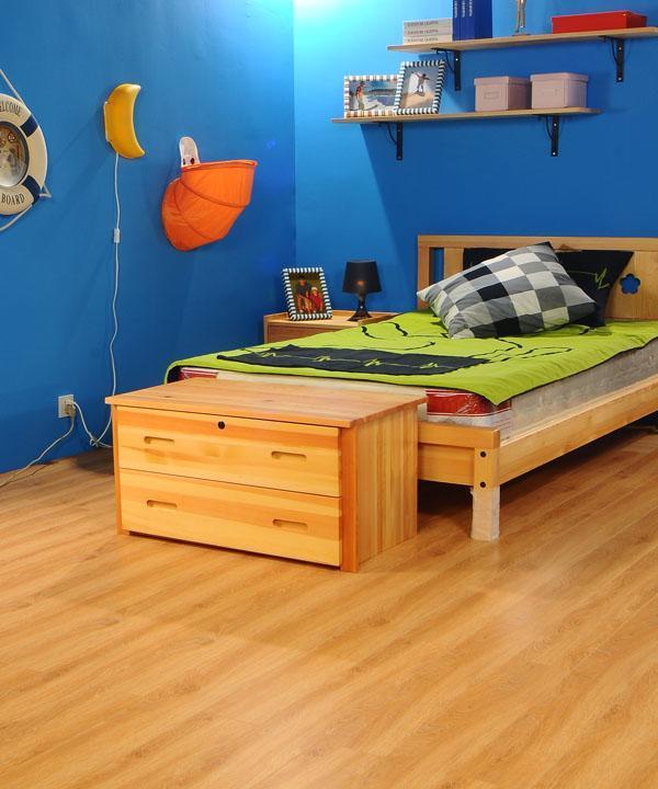 德尔美式风格MC04密歇根本色橡木强化复合地板MC04