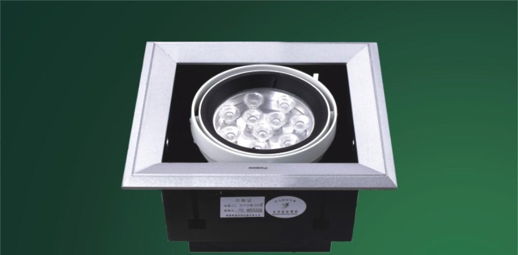 本邦嵌入式AR111单头砂银折边LED豆胆射灯