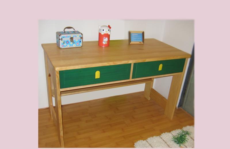 爱心城堡儿童家具桌子J023-DK1J023-DK1