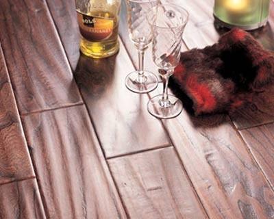 比嘉-实木复合地板-皇庭系列:雅士榆木
