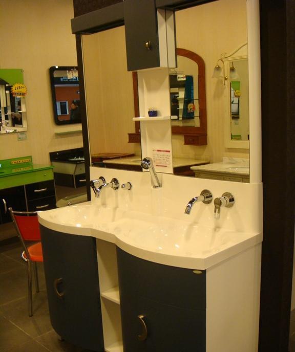 益高-浴室柜