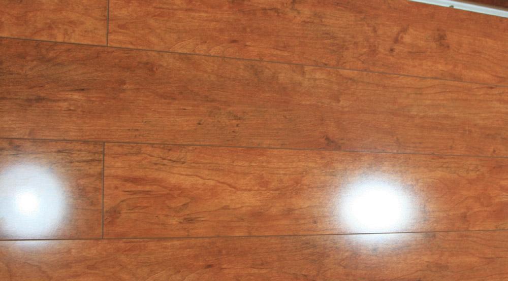 吉象地板520系列强化地板樱桃木