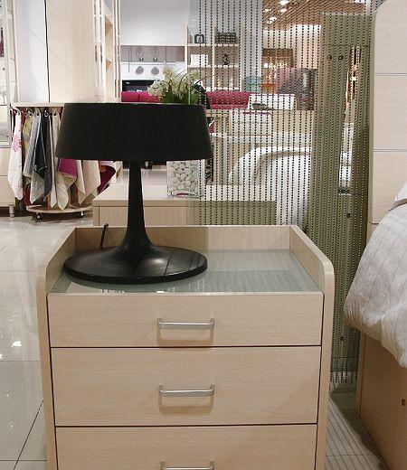 诺捷卧室家具床头柜6C005白枫(三个抽屉)6C005