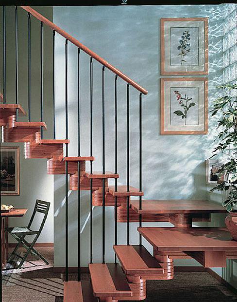 品家沃丘斯带平台系列木楼梯