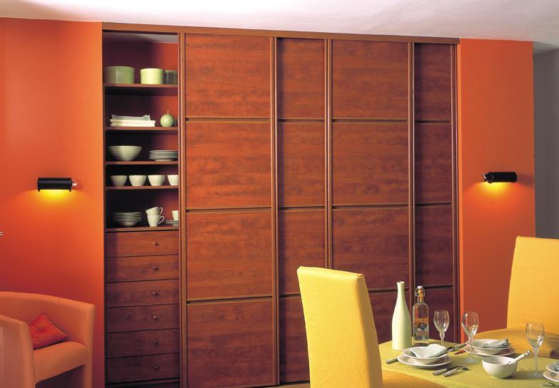 索菲亚衣柜框配玻璃间立体横框以及花梨木板C7C7