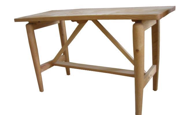 爱心城堡儿童家具桌子Y011-DKL1-NRY011-DKL1-NR