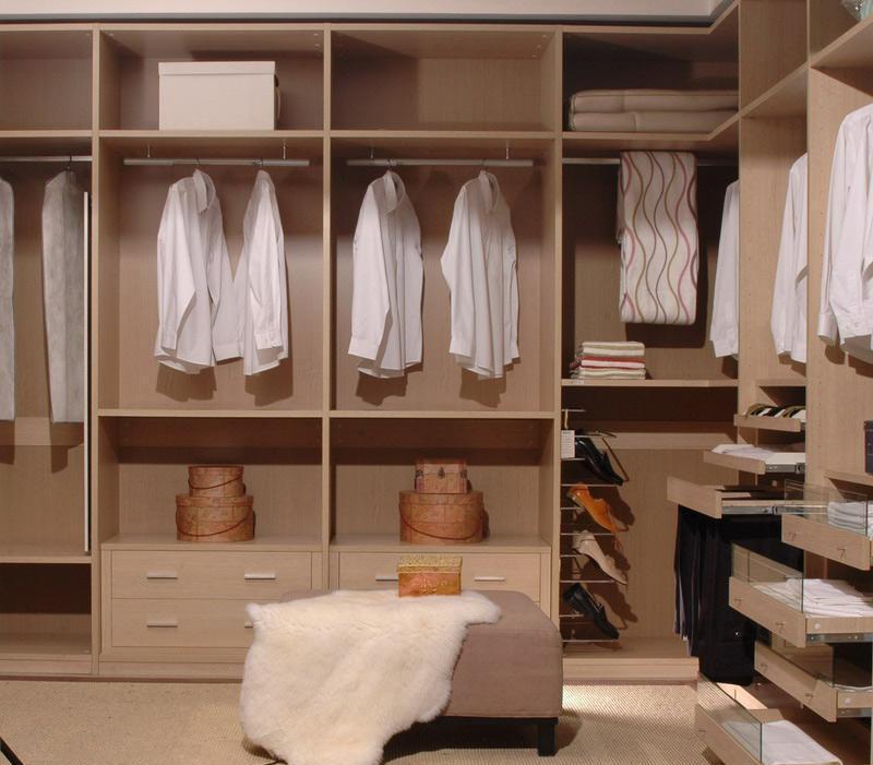 瑞时斯派克板式衣帽间-实木油漆斯派克-板式