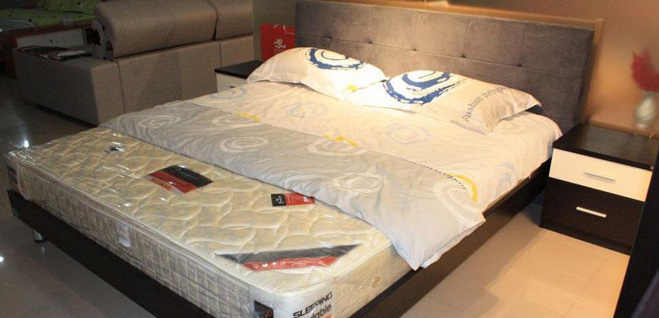 奥格A23床+A02床头柜组合A23床