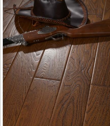 富林拉斐尔・骑士系列浮雕面EBZ3921榆木地板