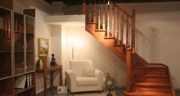 美步楼梯依莱卡
