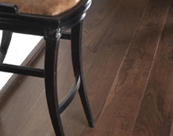 四合实木复合地板-T3系列-黑胡桃T3系列-黑胡桃