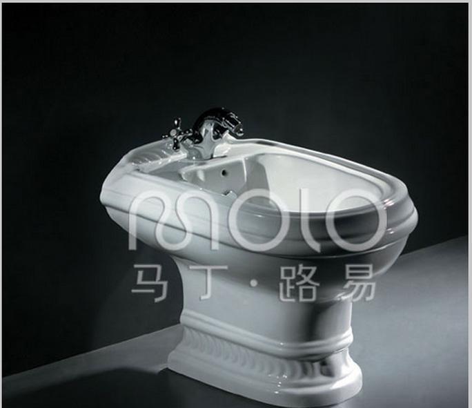 马丁·路易MD02贝斯系列妇洗器MD02