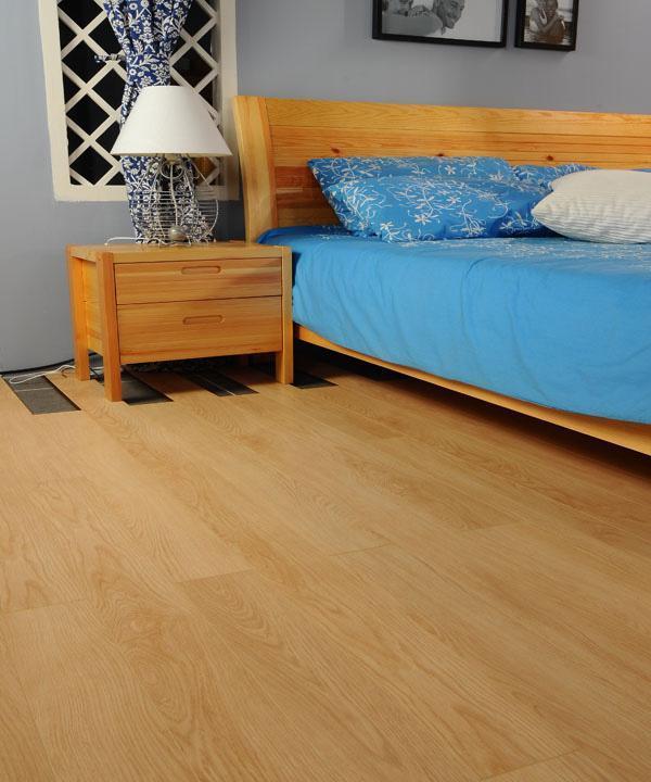 德尔简约风格JC03艾诺利亚直纹橡木强化复合地板JC03