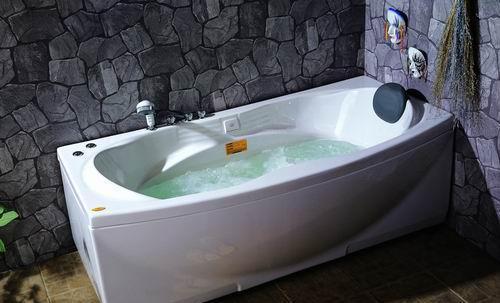 阿波罗按摩浴缸A-2107A-2107